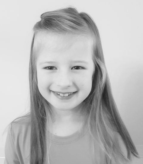 Kayla Broe
